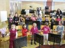 Kindergartenkinder im Musikheim